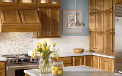 Natural and Warm KraftMaid Kitchen Style